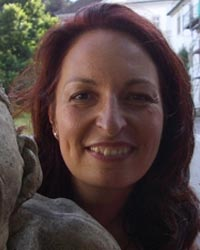 Dr. Eliane Menghetti